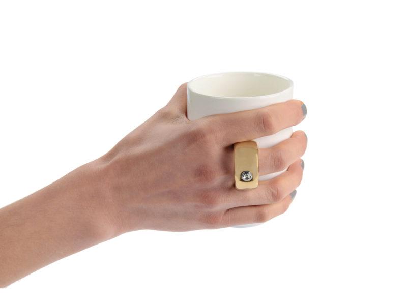 Кружка  ручкой в виде кольца арт. 879605_c