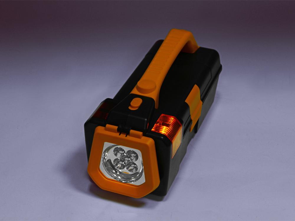Набор инструментов в фонарем арт. 496807_e